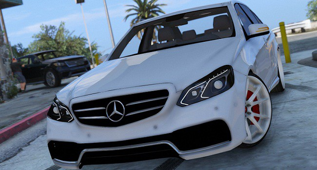 mercedes benz e63 amg gta v mods kazyoo acheter prix. Black Bedroom Furniture Sets. Home Design Ideas